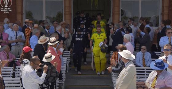 कीवियों को रौंद, ऑस्ट्रेलिया ने की सेमीफाइनल में एंट्री