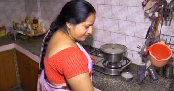 Prices of non-subsidised LPG cylinders cut by ₹100