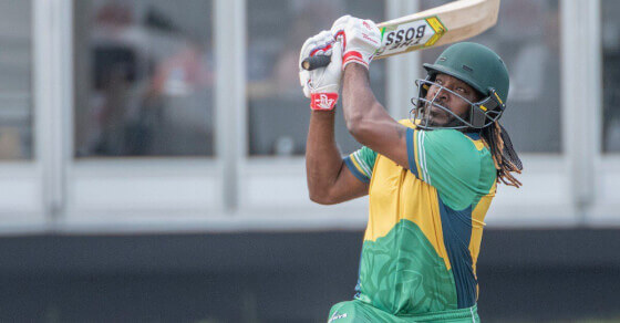 Gayle explodes again, this time in Canada!