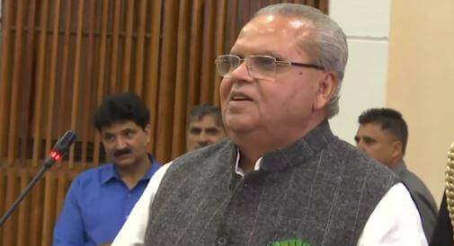 Article 35A: Guv says don't pay heed, Omar wants CBI probe