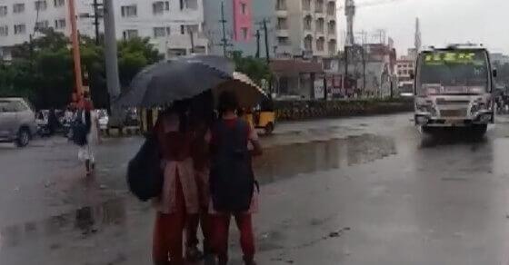 TN rain alert: Schools shut, univ exam cancelled