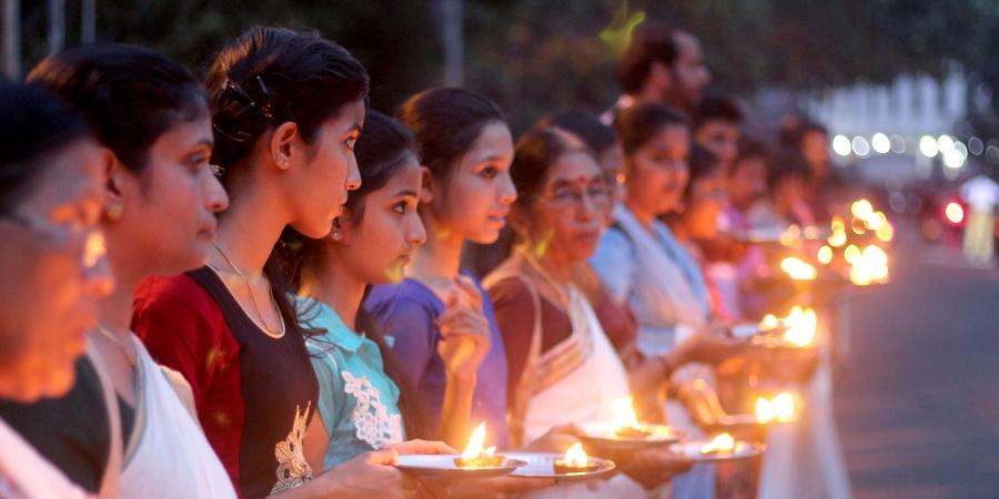 Kerala: Thousands of devotees light the 'Ayyappa Jyothi'