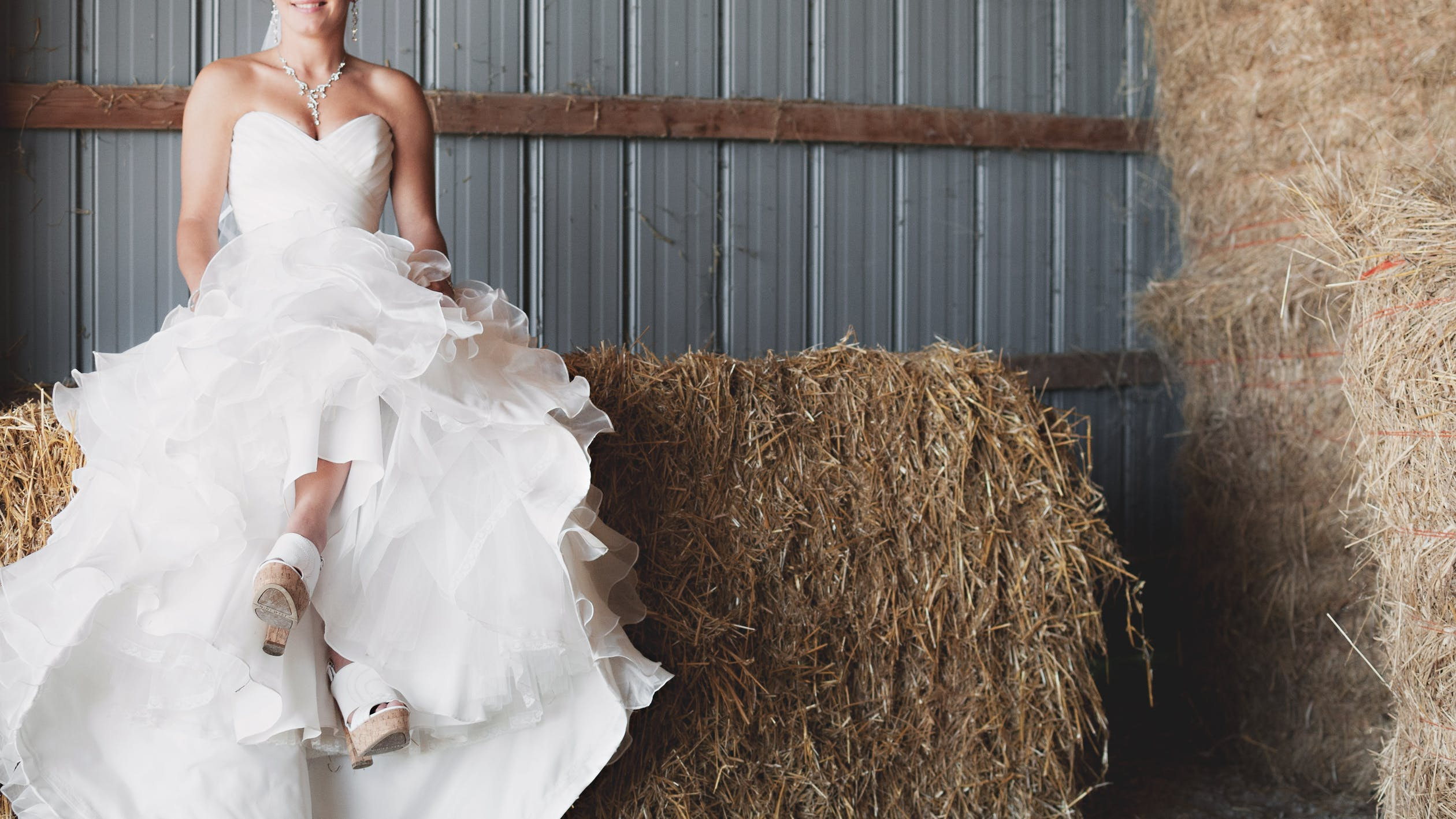 A sustainable clothing option for your wedding day