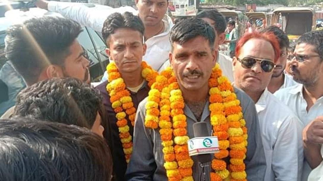 पीएम मोदी के खिलाफ सपा-बसपा ने उतारा बर्खास्त BSF जवान