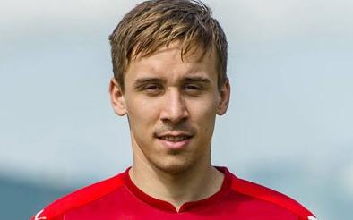 Czech footballer dies after bus crash