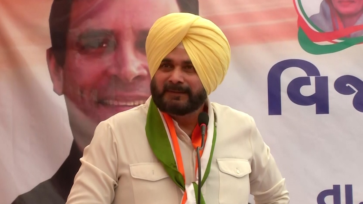 Sidhu mocks PM: One wrong vote can make your child a chaiwala