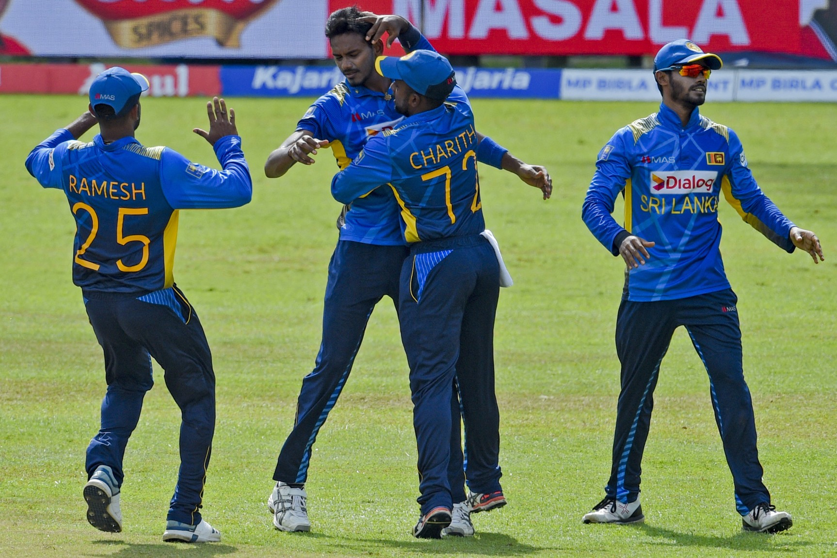 ढेर हुए भारतीय बल्लेबाज, 225 रनों पर सिमटी पारी