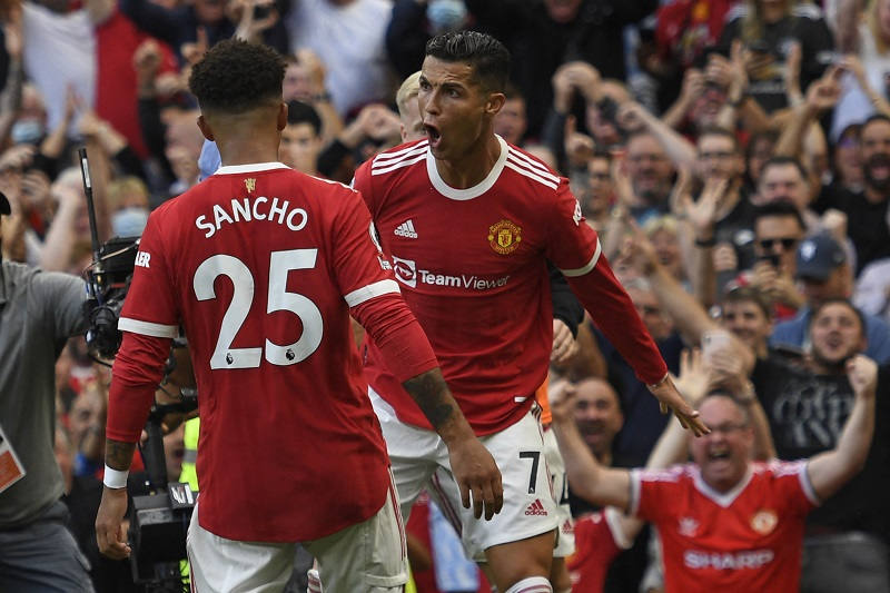 Premier League: Ronaldo scores twice on return as Man United beat Newcastle 4-1