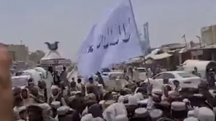 Afghanistan: Taliban ने 100 नागरिकों की हत्या की, मैदान में सड़ रहीं लाशें