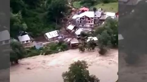 Jammu Kashmir के Kishtwar में बादल फटने से 5 की मौत, 30 से ज्यादा लापता