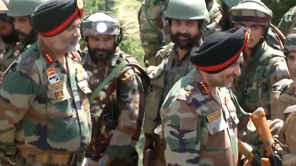 कश्मीर के कुपवाड़ा से लेकर तंगधार तक मनाया गया इंडिपेंडेंस डे