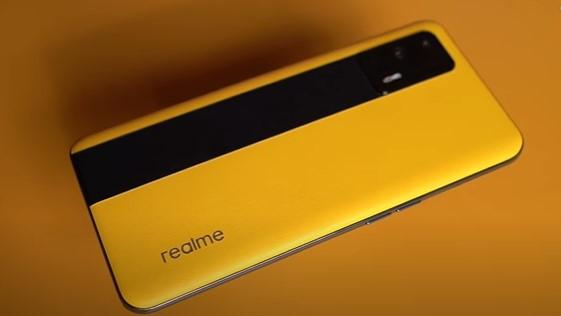 Realme GT Review: Affordable flagship redefined! | Realme | Smartphone review