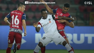 ISL: 10-man Northeast United FC hold Jamshedpur FC
