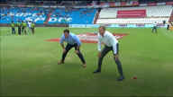 WATCH! Shaun Pollock in splits and quite literally