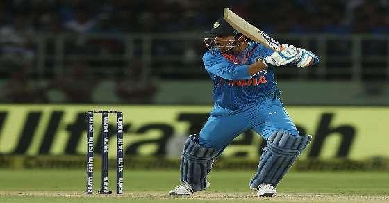 Visakhapatnam T20: Australia restrict India to 126/7