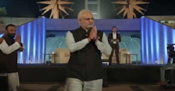 EC notice to makers of PM Modi biopic