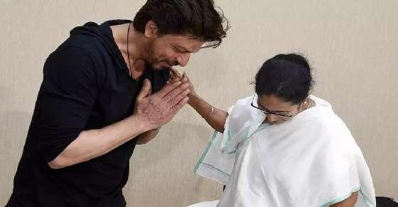 SRK meets West Bengal CM Mamata Banerjee