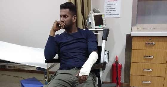 Tamil actor Vishal gets tossed off an ATV in Turkey