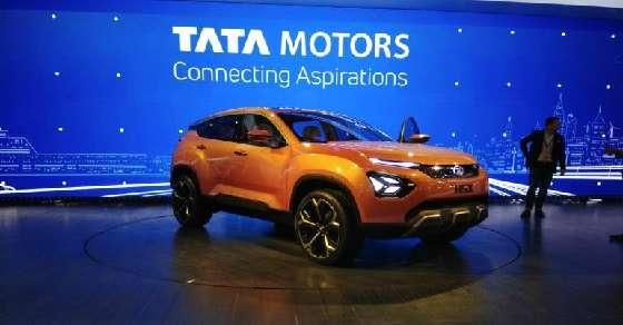 10 लाख गाड़ियां बेचने वाली भारत की पहली कंपनी बनी टाटा मोटर्स