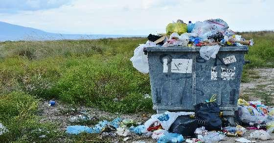 European Parliament approves ban on single-use plastic