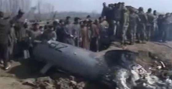 बडगाम में क्रैश हुए हेलीकॉप्टर का अब तक नहीं मिला ब्लैक बॉक्स