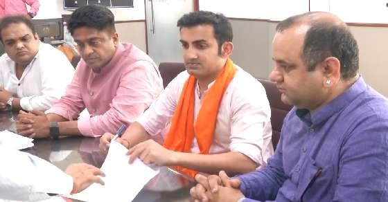 EC orders FIR against Gambhir for rally without permit