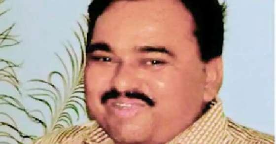Jet staffer kills self, Congress slams PM Modi