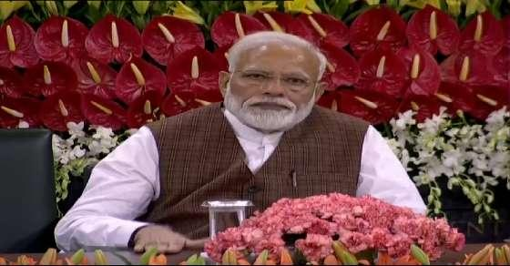 Modi's advice to MPs: Avoid controversial comments at all cost