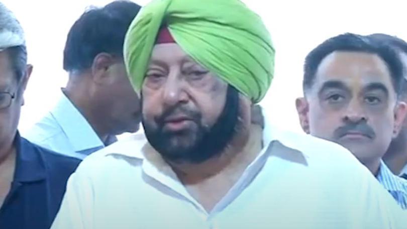 Navjot Singh Sidhu की बयानबाजी से राहुल हुए नाराज, Amrinder Singh को मिली टीम को खुश करने की नसीहत