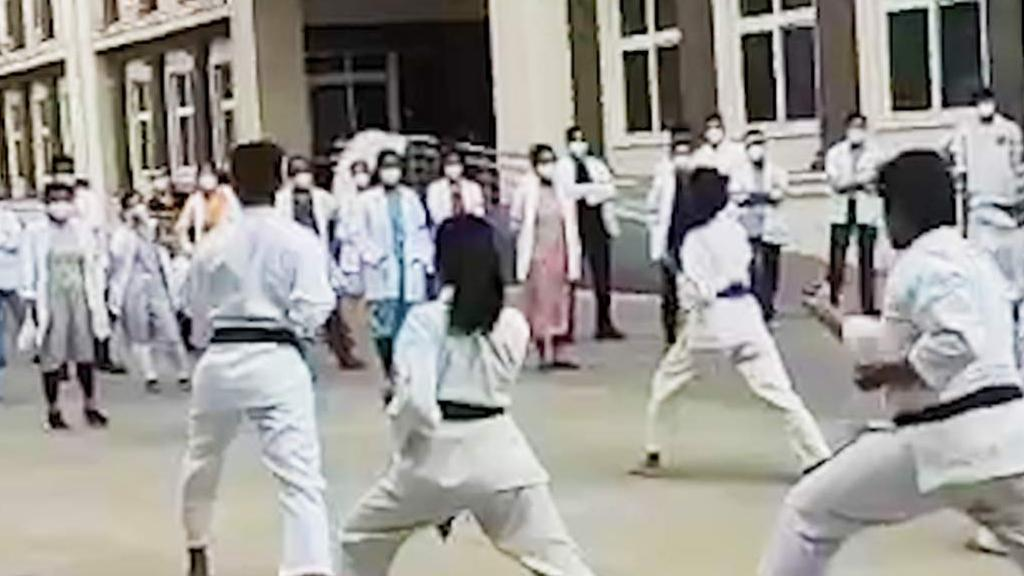 Docs in Karnataka learn karate during protest against violence on medicos
